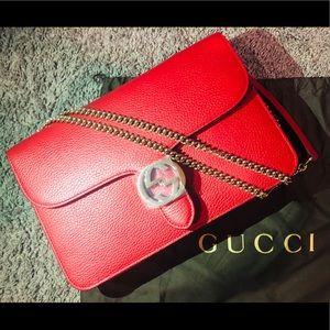 Gucci GG Interlocking Chain Bag